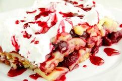 Gâteau délicieux de fruit Photo stock