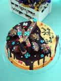 Gâteau d'égouttement de chocolat Image stock