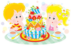 Gâteau d'anniversaire Photos stock