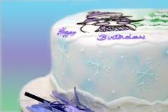 Gâteau d'anniversaire de l'hiver photos libres de droits