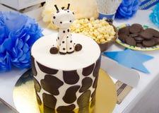 Gâteau d'anniversaire spécial Photos libres de droits