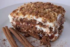 Gâteau de biscuit avec de la confiture de fraise Photo stock