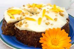 Gâteau de carotte et de souci Fin vers le haut photographie stock