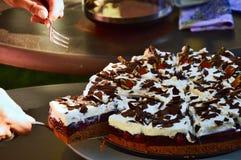 Gâteau de Choco avec une cerise Images libres de droits