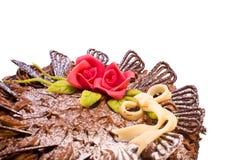 Gâteau de chocolat avec des roses Photo stock