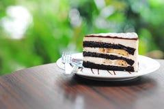 Gâteau de chocolat avec la banane Photos libres de droits