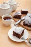Gâteau de chocolat avec la semoule photo libre de droits