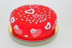 Gâteau de coeurs et de fleurs de valentines photo stock