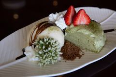 Gâteau de crêpe de thé vert Photo stock