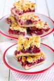 Gâteau de croustillant de baie de mélange photos stock
