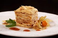 Gâteau de dessert de napoléon Photographie stock libre de droits