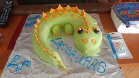 Gâteau de Dino photos libres de droits