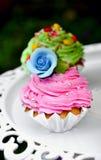 Gâteau de fleur Photos libres de droits