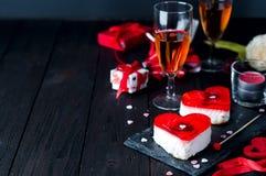 Gâteau de fondant pour le jour de valentines Photos stock