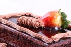 Gâteau de fraise de chocolat Photographie stock