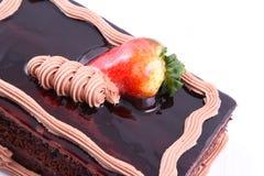 Gâteau de fraise de chocolat Photographie stock libre de droits