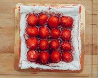 Gâteau de fraise, vue supérieure Images stock