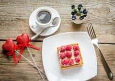 Gâteau de framboise Photos libres de droits