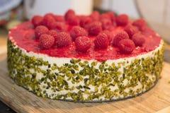 Gâteau de framboise Photographie stock