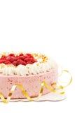 Gâteau de framboise avec la bande d'or Images libres de droits