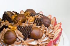 Gâteau de fruit avec des écrimages Photo libre de droits