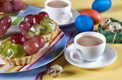 Gâteau de fruit de Pâques Photos stock