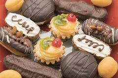 Gâteau de fruit et de thé Photographie stock libre de droits