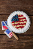 Gâteau de fruits secs avec le thème du 4 juillet Images libres de droits