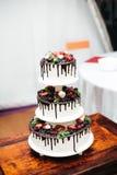 Gâteau de mariage blanc Photo libre de droits