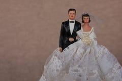 Gâteau de mariage de cru Topper Image libre de droits
