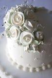 Gâteau de mariage luxueux Images stock