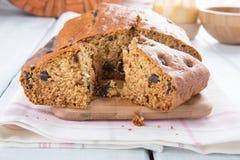 Gâteau de miel de pruneau images stock
