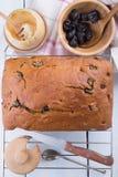 Gâteau de miel de pruneau photo stock