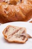 Gâteau de noix avec le massepain Image stock