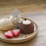 Gâteau de nounours Photos libres de droits