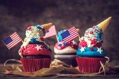 Gâteau de tasse de drapeau américain Images stock