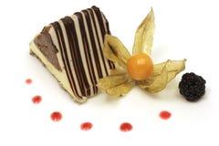 Gâteau de triangle de chocolat Photos libres de droits