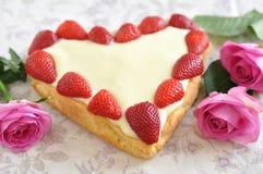 Gâteau de vanille de fraise Photographie stock libre de droits