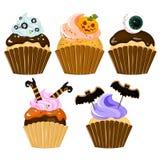 Gâteau de Veille de la toussaint Ensemble de petit gâteau Halloween Photos stock