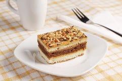 Gâteau doux avec des noix Photo stock