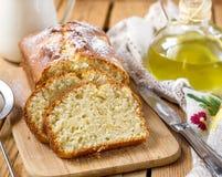 Gâteau doux de ricotta de fromage blanc avec l'huile d'olive Image stock