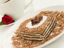 Gâteau en forme de coeur Photographie stock libre de droits