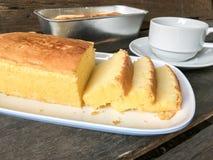Gâteau et café de beurre Photos stock