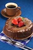 Gâteau et café de chocolat faits maison Image stock