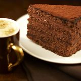 Gâteau et cuvette de café Photo libre de droits