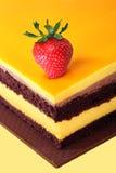 Gâteau et fraise photo libre de droits