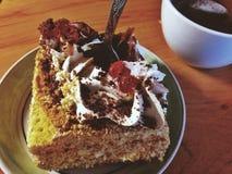 Gâteau et thé Images stock
