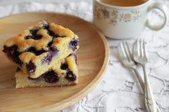 Gâteau fait maison de myrtille Images libres de droits