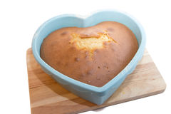 Gâteau formé de coeur Image libre de droits