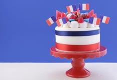 Gâteau heureux de célébration de jour de bastille Images stock